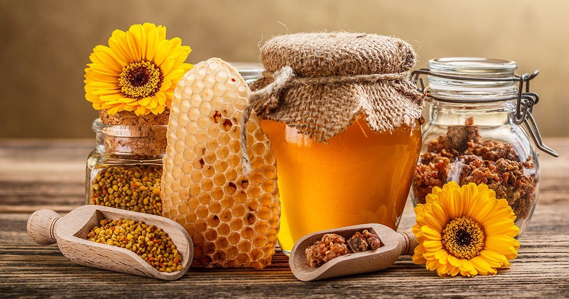 tips for healthy living, using honey every day will give you more energy, cure colds and the upper airways infections