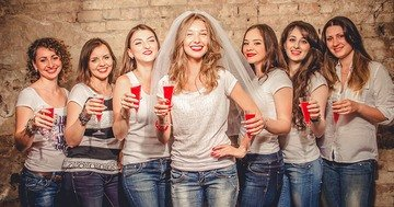Bien Magazine helps plan a hen do, so it becomes a time of real, crazy fun