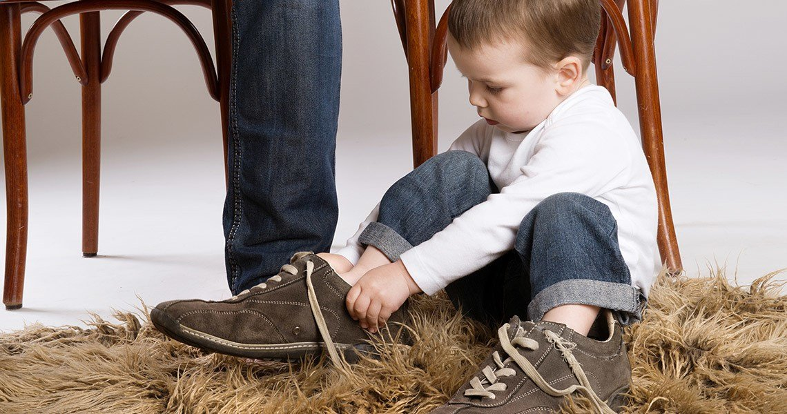 Bien Magazine - Dressing and tying laces are a real school of life for a toddler