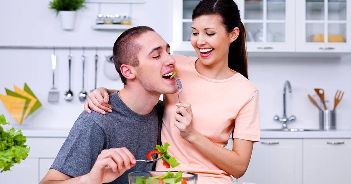 Online dating tips - cooking classes will bring you a lot of enjoyment on your date