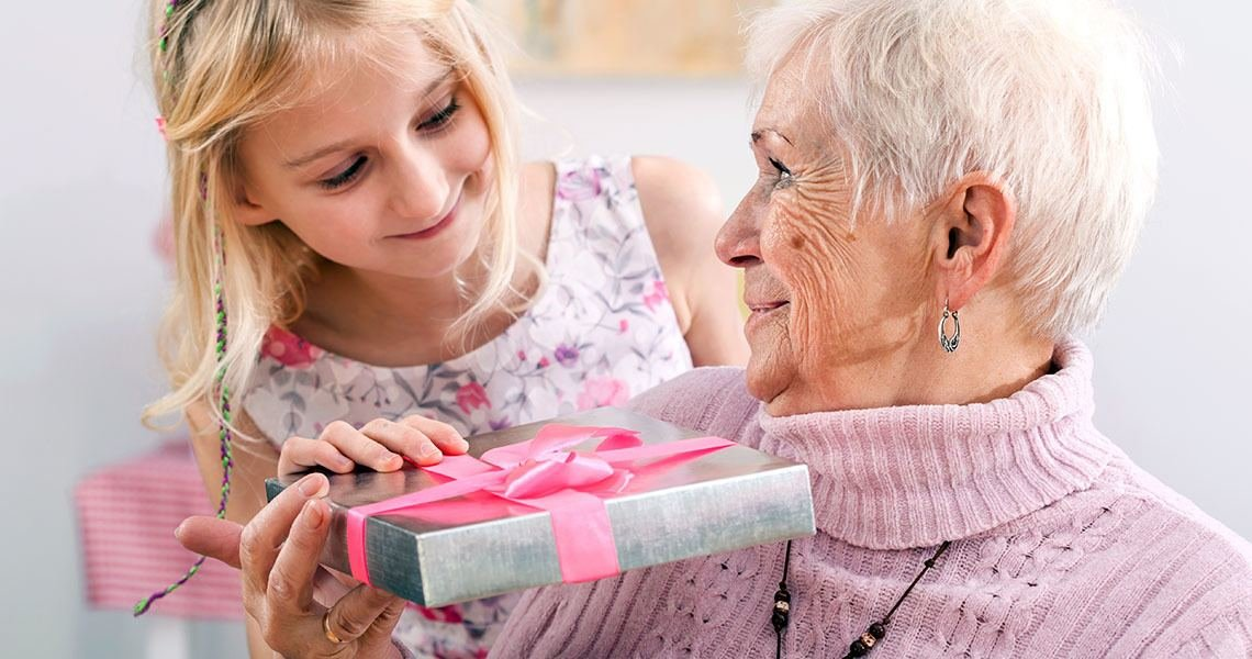 women's magazines online recommend the more of our heart we pour into grandma's present the more we will accent our love for her
