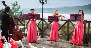 When choosing music for a wedding reception you need to know the abilities of the performers - online magazines uk