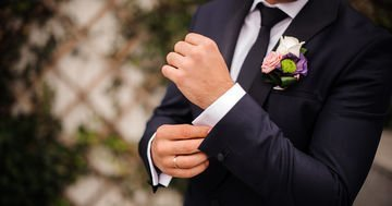 Online magazines UK - A modern groom buys his outfit for a wedding day only