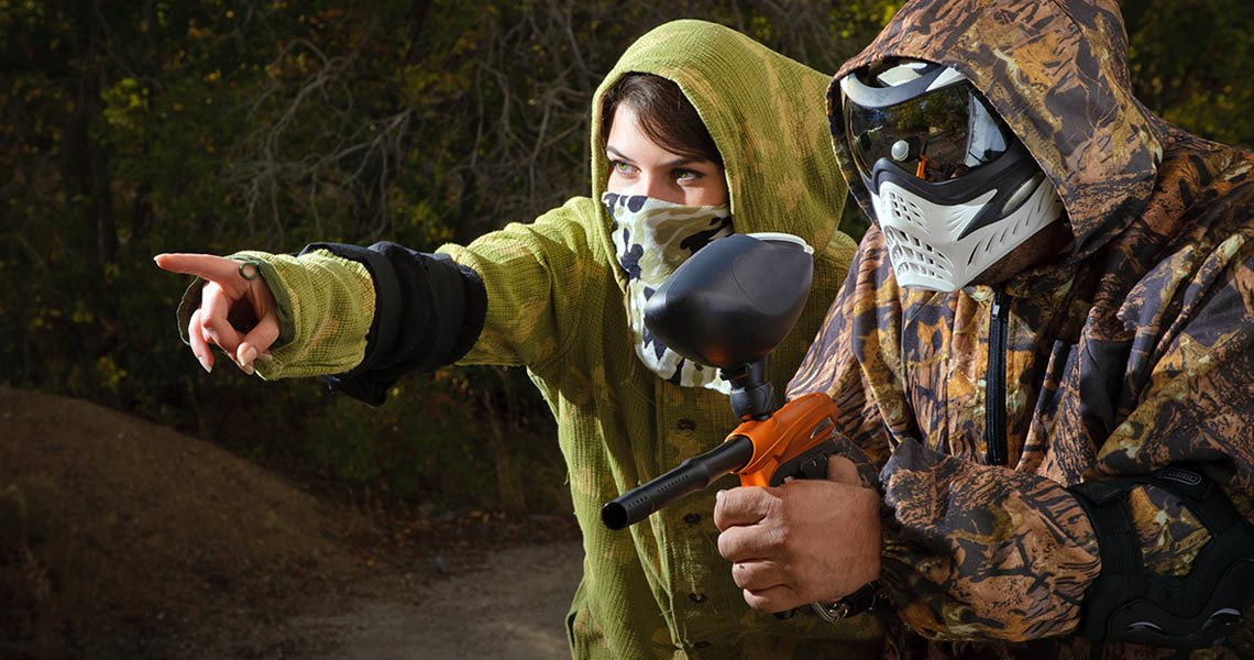 A date on a paintball field may be a beginning of a wonderful adventure for both of you- here our online dating tips